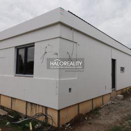 Ponúkame Vám na predaj novostavbu rodinného domu v pokojnej lokalite obce Palárikovo.Rodinný dom s obytnou plochou 90 m² + terasa sa nachádza na ...