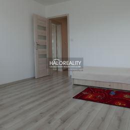Ponúkame na predaj trojizbový byt 84,48 m²., v osobnom vlastníctve. Byt sa nachádza na druhom poschodí bez výťahu s balkónom v obci Lieskovec. Byt ...