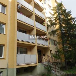 Ponúkame na predaj zrekonštruovaný 2 izbový byt ul. G. Goliána, Trnava. Nachádza sa na 1/8 poschodí zrekonštruovaného bytového domu s digitálnym ...