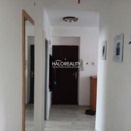 Ponúkame na predaj tehlový dvoj-izbový byt s veľkým balkónom v Žiari nad Hronom. Byt s rozlohou 65 m², orientovaný na východ a západ, sa nachádza na ...