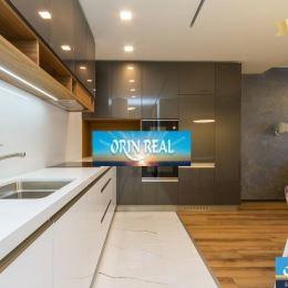 Licencovaná realitná kancelária ORIN REAL vám ponúka na predaj nadštandartný 2izbový byt v luxusnom prevedení. Nachádza sa v tichej a vyhľadávanej ...