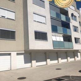 Realitná kancelária Orin real Vám ponúka na prenájom priestranný 2 izbový byt v Pezinku na ulici Kataríny Franklovej.Byt má rozlohu 72m2 + 3m2 loggia ...