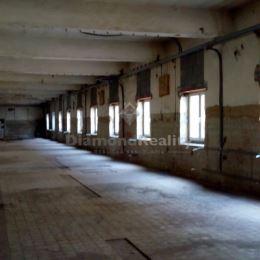 Ponúkame na prenájom priestor o výmere 320 m2 na Južnej triede v širšom centra mesta, v blízkosti OC Astória. Priestor sa nachádza na 1. poschodí v ...