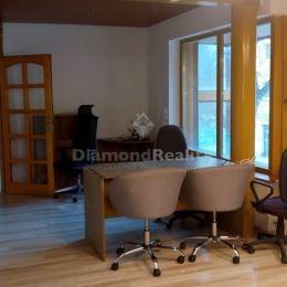 Ponúkame na prenájom kanceláriu o výmere 44 m2 na ulici Garbiarskej v mestskej časti Košice - Staré Mesto. Priestor sa nachádza na 1. poschodí v ...