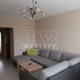 Ponúkame na predaj pekný slnečný 3 izbový zrekonštruovaný byt vo vyhľadávanej lokalite na sídlisku Železníky na Krakovskej ulici v Košiciach. Rozloha ...