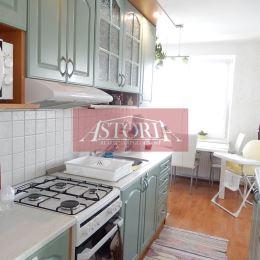 ASTORIA Vám ponúka na predaj exkluzívny 3-izbový byt v Martine na Severe, v osobnom vlastníctve, na 7. poschodí, o rozlohe 73 m2, orientovaný na ...