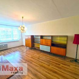 Ponúkame Vám na predaj veľkometrážny 2.5 izbový byt vo vyhľadávanej lokalite Ćínsky múr v Prievidzi. Byt o rozlohe 65m2 sa nachádza na 4 podlaží s ...