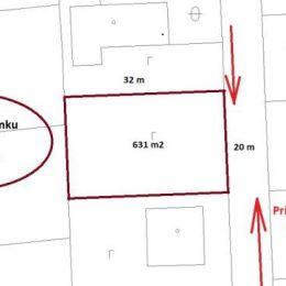 TUreality Vám ponúka na predaj ideálny stavebný pozemok so všetkými IS (okrem plynu) na hranici pozemku, v Prešove, časť Šalgovík, s výmerou 631 m2. ...