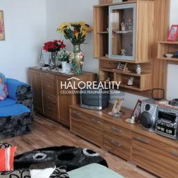 Ponúkame Vám na predaj 3 – izbový čiastočne zrekonštruovaný byt s rozlohou 75 m² v meste Nové Zámky. Byt s balkónom sa nachádza na 6.posch./6 v ...