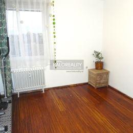 Ponúkame na predaj čiastočne zrekonštruovaný, 3-izbový byt v osobnom vlastníctve v mesta Šaľa na P. Pázmaňa Byt o rozlohe 75m² sa nachádza na 11. ...
