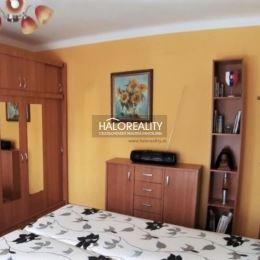 Ponúkame na predaj 2 izbový byt 45m² v meste Zvolen časť Môťová. Byt pozostáva z chodby, kuchyne, kúpelne, samostatného WC a 2 izieb - ku jednej ...