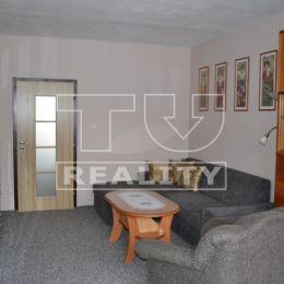 Na predaj slnečný 3-izbový byt v Partizánskom na ul. Malinovského o ploche 72m2 na 5/5, poschodového bytového domu. Nachádza sa v zateplenom bytovom ...