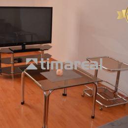 Ponúkame na prenájom veľkometrážny 1 izbový byt v centre mesta ul. Jerichova. Veľkosť bytu je 54,22m2, nachádza sa v menšom bytovom dome. Výška ...