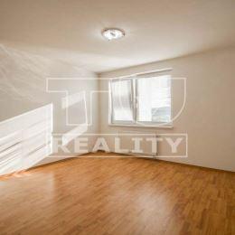 Na predaj 5-izbový priestranný byt o výmere 168m2 plus dve terasy 47m2 a 4m2. Byt sa nachádza na deviatom poschodí z trinástich. Dispozícia bytu ...