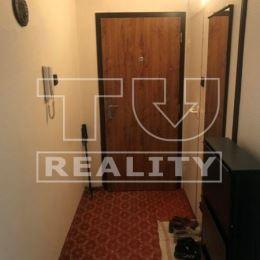 Na predaj veľmi pekný, priestranný 2 izbový byt s balkónom v Trenčíne na sídlisku JUH. Byt má rozlohu 62 m2 a nachádza sa na zvýšenom prízemí ...