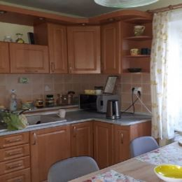 Realitná kancelária EGYPS ponúka na predaj slnečný 4 izbový byt v širšom centre Martina. Byt sa nachádza na 2 poschodí z 3 v tehlovom bytovom dome. ...