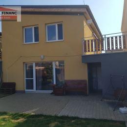 Ponúkame na predaj 5 izbový Rodinný Dom ktorý sa nachádza v tichej časti obce Biely Kostol na Výslní. Podlahová plocha domu je 152 m2 na pozemku o ...