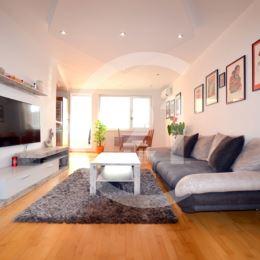 CENTURY 21 Golden Real Vám exkluzívne ponúka na predaj krásny, slnečný 3 izbový byt na 4. nadzemnom podlaží v novostavbe s parkovacím miestom v ...