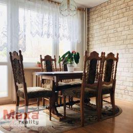 Ponúkame Vám na predaj 2 izbový byt v blízkosti centra v Prievidzi. Byt o rozlohe 63m2 sa nachádza na 4 poschodí z 11. Byt je v pôvodnom stave, až na ...
