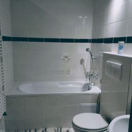 So súhlasom ponúkame na predaj príjemný 3-izbový byt o výmere 97 m2 na 2. poschodí z dvoch na Mlynskej ulici v historickom centre mesta v ...