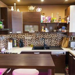 Na predaj čiastočne zrekonštruovaný 3 izbový byt...