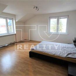 TUreality Vám ponúka na predaj priestranný 3 izbový byt priamo v centre Žiliny o výmere 103m2, odkiaľ máte všade blízko. Byt sa nachádza na 4p zo 4, ...
