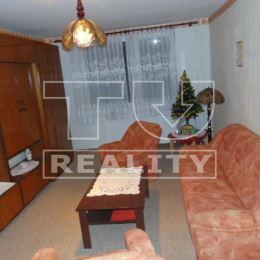 TUreality Vám ponúka na predaj slnečný a zachovalý 4 izbový byt v pôvodnom stave na sídlisku Východ v Topoľčanoch. Rozloha bytu má 82 m2, nachádza sa ...