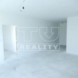 Na predaj 2-izbový byt v práve skolaudovanej novostavbe. Byt o výmere 61m2 plus balkón o výmere 6m2 sa nachádza na prvom, ale taktiež s tou istou ...