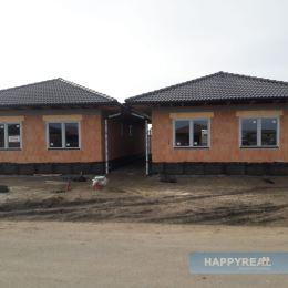 Predáme dva 4 izb. murované RD , Perlová ul., lokalita Miloslavov. Dom sa predáva v stave HOLODOM. V súčasnom stave je vo výstavbe s predpokladaným ...