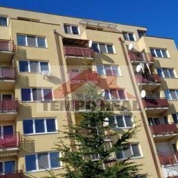 Prenajmeme 2-izb. byt v 8-ročnom obytnom dome na dobrej adrese v Seredi. Byt je situovaný na východnú stranu v komplexe Meander na 6. posch. (6/7), ...