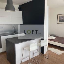 Ponúkame Vám na predaj krásny dizajnový 1 - izbový byt RUŽINOV JÉGÉHO ALEJ IV NOVOSTAVBA kolaudovaná 2016. Byt sa nachádza na 6NP. Plocha: úžitková ...