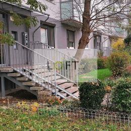 Ponúkame Vám exkluzívne na predaj garsónku, lokalita: Bratislava - Ružinov, Jašíkova ulica. Plocha: úžitková 20m2. Byt prešiel kompletnou ...