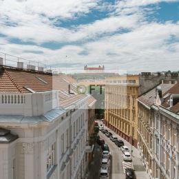 Ponúkame Vám na predaj nový byt vo vysokom štandarde na Gunduličovej ul. v Starom Meste, BA-I.Byt sa nachádza v 5 podlažnej tehlovej budove na 1 ...