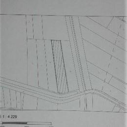 Predáme obrábanú ornú pôdu pri asfaltovej komunikácii smer DANUBIANA, v katastri obce Čunovo, okr. Bratislava V.- výmera 9 753 m2, šírka cca 40 m - ...