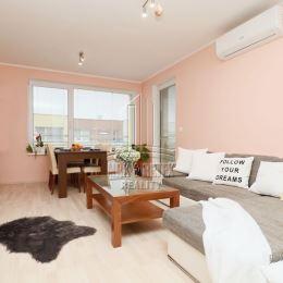 MRK & RETEX - realitná kancelária pôsobiaca na realitnom trhu od roku 1999Vám exkluzívne ponúka zariadený 4 izbový byt v novostavbe v Rovinke na ...