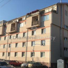 Na predaj 1 izbový byt po kompletnej rekonštrukcii ulica Pluhová...