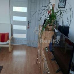 Na predaj zrekonštruovaný 2 izbový byt...