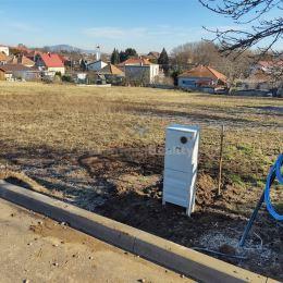 Ponúkame na predaj stavebný pozemok Nitra - Párovské Háje. Výhody tejto ponuky:- pozemok sa nachádza v intraviláne obce - možná okamžitá výstavba ...