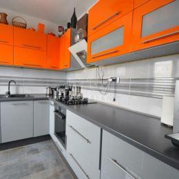 Na predaj útulný 1,5 izbový byt s balkónom, ulica Pieštanská, Bratislava-Nové mesto, okres Bratislava III o ploche 48 m2, orientácia J-Z, poschodie ...