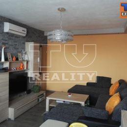 TuReality Vám exkluzívne ponúka na predaj väčší 3 izbový byt s rozlohou 78m2 po kompletnej rekonštrukcii v Martine v Záturčí ... byt sa nachádza na ...