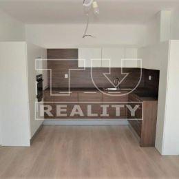 Na predaj 2 izbový byt v novostavbe v obci Lietavská Závadka vzdialenej 15km od Žiliny o výmere 50m². Byt sa nachádza na poschodí v polyfunkčnej ...