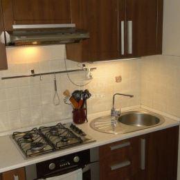 EXKLUZÍVNE v TUreality. Ponúkame Vám na predaj krásny trojizbový byt v Považskej Bystrici v časti Rozkvet. Byt sa nachádza na siedmom poschodí ...