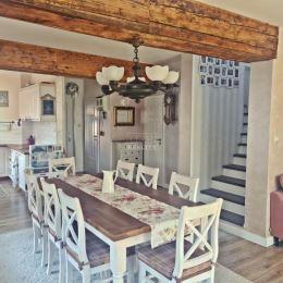 : Na predaj novostavbu rodinného domu vo vyhľadávanej lokalite v Nových Zámkoch. Dom bol postavený v roku 2015 z tehly. Úžitková plocha je 120m2. ...