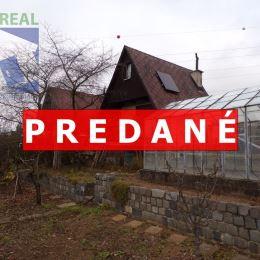 Realitný maklér Miroslav Fazika a BV REAL realitná kancelária ponúka na predaj murovanú záhradnú chatku so záhradou v Prievidzi. Nachádza sa v sade ...