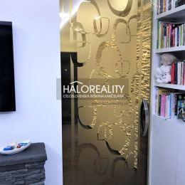 Ponúkame Vám na predaj exkluzívny 2 izbový byt v Nitre, mestská časť Čermáň. Byt sa nachádza na 2 poschodí so štyroch v novostavbe bytového domu s ...