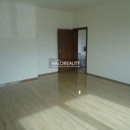 Ponúkame na predaj luxusný rodinný dom v obci Dunajská Lužná vzdialenej len približne 15 km od Bratislavy. Nádherná novostavba skolaudovaná 05/2020 ...