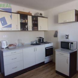 Realitný maklér Jana Kopčanová a realitná kancelária BV REAL ponúka na predaj 1 izbový byt v Žiari nad Hronom. Byt je zrekonštruovaný - ...
