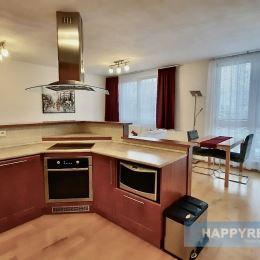 Realitná kancelária HAPPY REAL ponúka na prenájom útulný 3 izbový byt v tichej lokalite na ulici Heyrovského s garážovým státím a výbornou občianskou ...