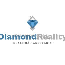 Ponúkame na predaj 2 rodinné domy a tri garzónky v Nitre v Drážovciach ako investíciu prípadne pre veľkú rodinu. Domy sa dajú kúpiť aj samostatne. ...