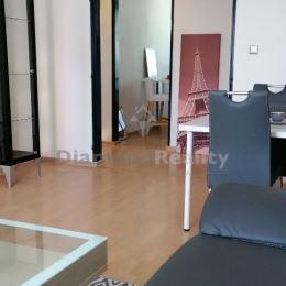 Na predaj 3 izbový byt s loggiou na Muškáte v Pezinku. Výmera bytu: 75 m². Byt je na zvýšenom prízemí (rohový byt). Bytovka je 5 podlažná, tehlová, ...